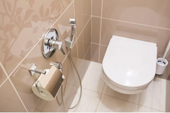 piekaramais_tualetes_pods