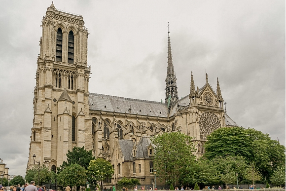 notre_dame_parizes_dievmates_katedrale