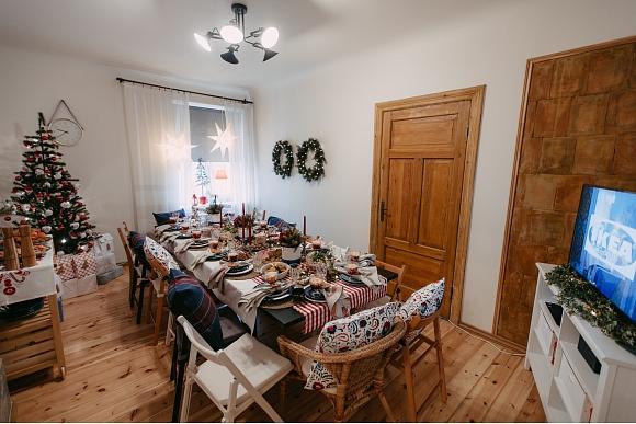 Ziemassvetku_galds