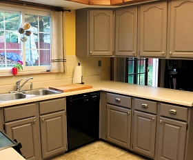 Kā atjaunot virtuves skapīšus?
