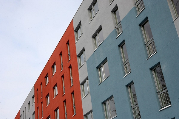 Valdemārpilī atklās pirmo nosiltināto daudzdzīvokļu ēku