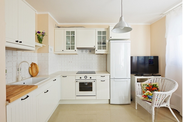Virtuves ģenerāltīrīšana: 10 soļu plāns, kas atvieglos darbu