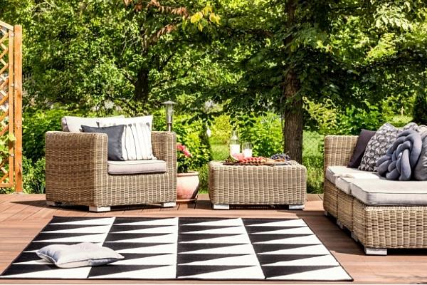 Dārza un terases iekārtojums pandēmijas nogurdinātajiem: Iesaka interjera dizainere