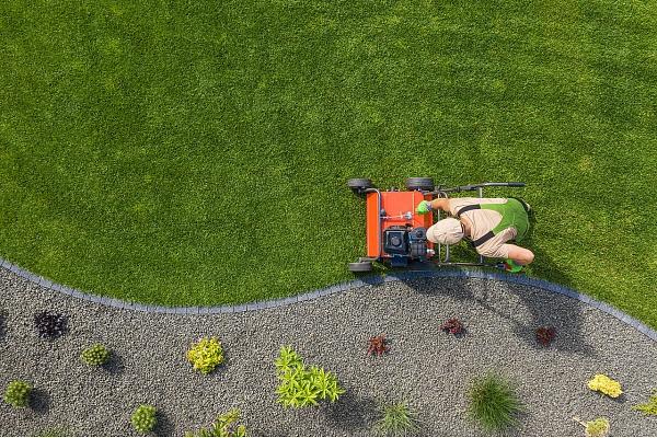 Kā dārza tehnika var atvieglot ikdienā veicamos darbus? Stāsta eksperts