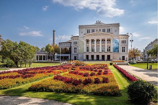 Historisma stils arhitektūrā: Vēsture un mūsdienās izcilākie piemēri Latvijā