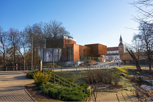 VNĪ: Izraudzīts būvuzņēmējs Valmieras teātra atjaunošanai