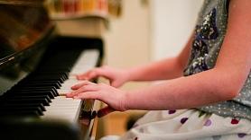 7 veidi, kā izolēt skaņu savā mājoklī