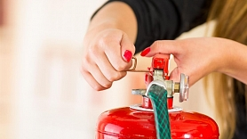 Būtiskākie ugunsnelaimju preventīvie pasākumi, kas jāveic ikvienam mājokļa īpašniekam