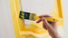 Kā atjaunot istabas durvis? 11 idejas durvju apdarei
