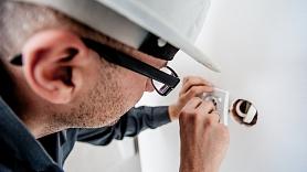 Kāpēc ir svarīgi pārbaudīt elektroinstalāciju mājoklī?