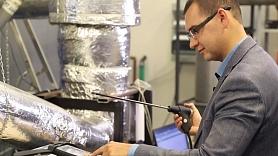 RTU zinātnieki rada efektīvu tehnoloģiju privātmāju radīto dūmgāzu attīrīšanai (VIDEO)