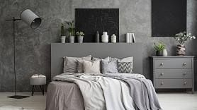 Kā pareizi ieviest melno krāsu mājokļa interjerā? Iesaka dizainere