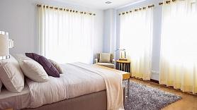 Kā vajadzētu rūpēties par guļamistabu?