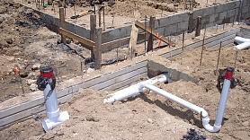 Kanalizācijas sistēmas ierīkošana privātmājā: Kādas ir iespējas?