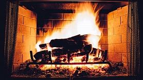 5 veidi, kā no kamīna iegūt maksimāli daudz siltuma
