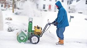 Alternatīva lāpstai - sniega frēze