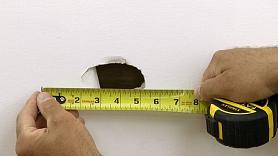 Kā aizlāpīt nelielu caurumu ģipškartonā? 7 vienkārši soļi