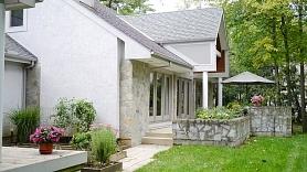 Materiāli mājas būvniecībai: priekšrocības un trūkumi