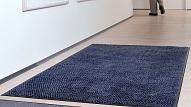 Ērtākais risinājums iekštelpu tīrībai: maināmo paklāju noma