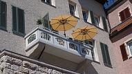 Kā pārveidot balkonu par ērtu atpūtas zonu? Iesaka eksperti