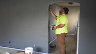 Kā sagatavot sienas to krāsošanai? 2 vienkāršas metodes
