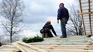 Kā siltināt dzīvojamo ēku jumtus, nodrošinot zemas apkures izmaksas