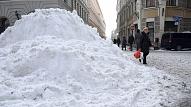 Nedēļas laikā Rīgā par nenotīrītām ietvēm un jumtiem noformēti 143 protokoli