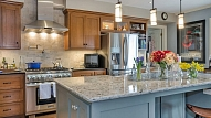Kā izvēlēties virtuves virsmu?
