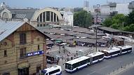 Rīgas dome vairākus mēnešus nav novērsusi avārijas stāvokli piegādes zonā pie Rīgas Centrāltirgus