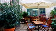 Rīgā vasaras terases varēs turpināt darboties arī ziemā; nepiemēros pašvaldības nodevu