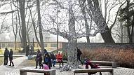 Liepājā vēsturiskajā izskatā atjaunots akmens dārzs Jūrmalas parkā