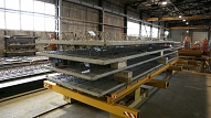 Rēzeknē sešus miljonus eiro vērtajā rūpniecības kompleksā sākusies metāla konstrukciju montāža
