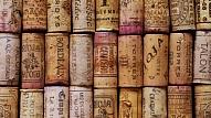 Kā izveidot paklāju no vīna korķiem?