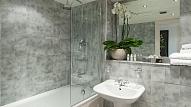 Kā mazu vannasistabu padarīt vizuāli plašāku