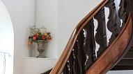 Kā atsvaidzināt vecās kāpnes?