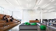 Krāsains un dinamisks dizains jauniešu centram