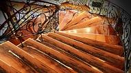 Privātmājas kāpnes komfortam un drošībai