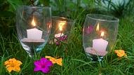 Svečturi no saplēstām glāzēm