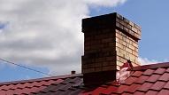 Ugunsdzēsēji šogad ik dienu dodas dzēst ēku dūmvados degošus sodrējus