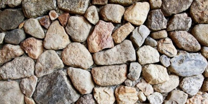 Decorative stone coverings