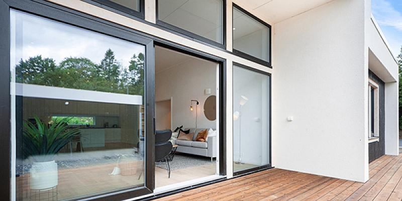 Mūsdienīgi logi nodrošina enerģijas ietaupījumu, drošību un komfortu