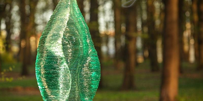 Stikla kapu pieminekļi pēc individuāla pasūtījuma