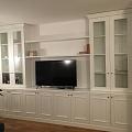 Viesistabas mēbele balti krāsota